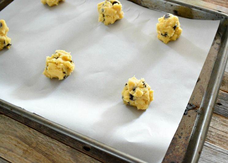 Coconut-Flour-Chocolate-Chip-Cookies-Step-7.jpg