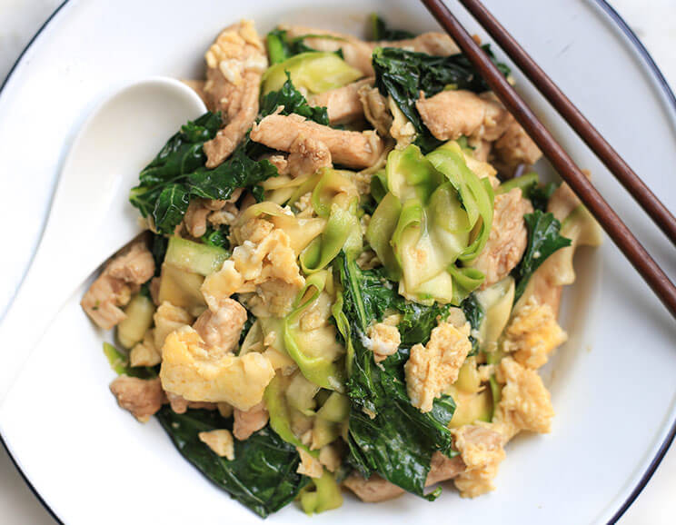 Pad-See-Ew-with-Light-Zucchini-Noodles744.jpg