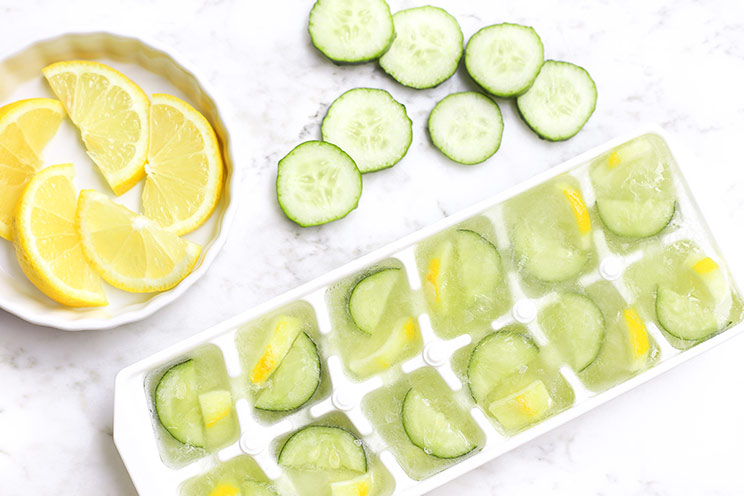 SCHEMA-PHOTO-6-Ways-to-Use-Ice-Cubes-for-Better-Skin_Cucumber-and-Lemon.jpg