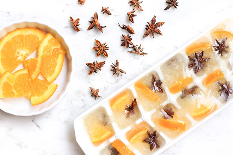 SCHEMA-PHOTO-6-Ways-to-Use-Ice-Cubes-for-Better-Skin_Orange-and-Star-Anise.jpg