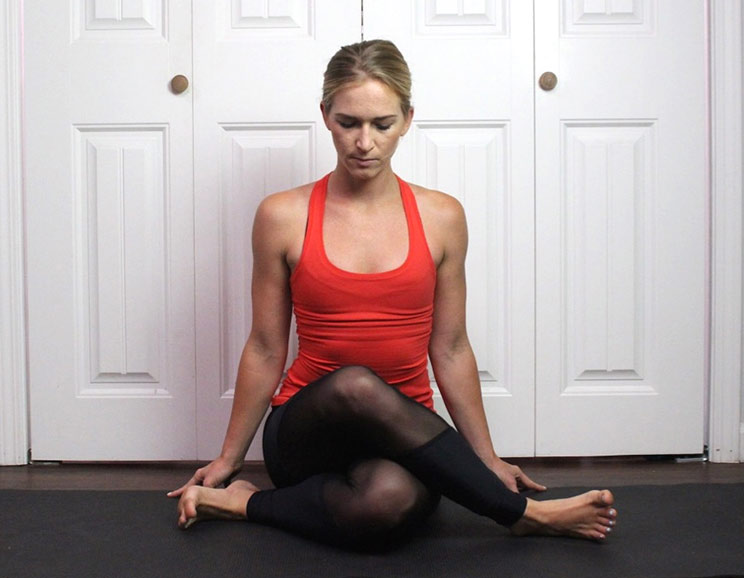 6 yin yoga poses to release joint pain paleohacks 6 yin yoga poses to release joint pain744 solutioingenieria Image collections
