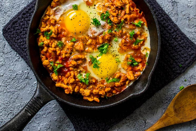 Keto turkey egg breakfast skillet recipe paleo protein rich keto turkey and egg breakfast skillet forumfinder Images